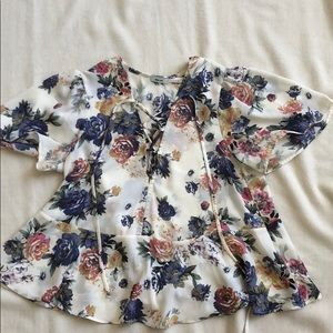 Urban Outfitters floral flowy short sleeve
